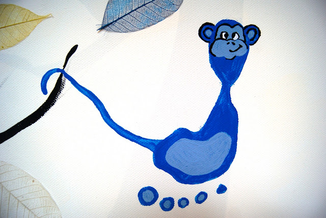 footprint monkey