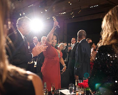 Oprah Receives Humanitarian Award