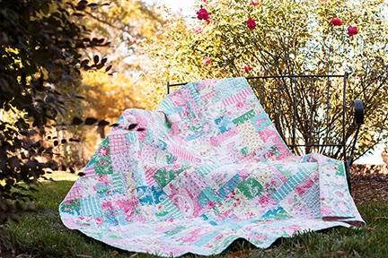 http://1.bp.blogspot.com/-4Oiife9tHQA/UxT9qUo-RNI/AAAAAAAADC0/Ne-k_q8eY_8/s1600/Verna+Mosquera+Rosewater+quilt+2.jpg