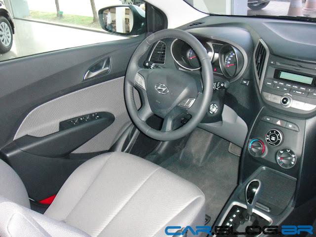 Hyundai HB 20 Premium 1.6 Automático - interior