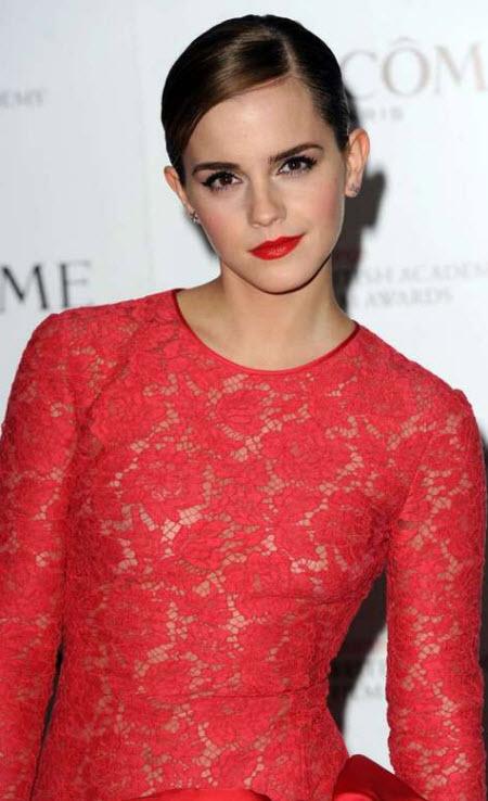 Emma Watson de rojo