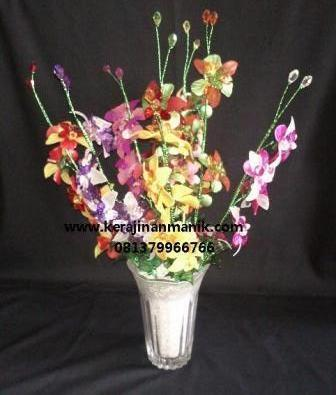 ... susun bertumpuk misalnya mawar tulip anggrek bunga lili bunga terompet