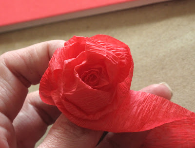 how to make roses with crepe paper - diy wedding or valentines craft tutorial