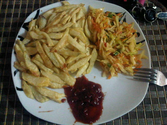 Dobbys signature nigerian food blog i nigerian food recipes i potato chips coleslaw with ketchup forumfinder Gallery