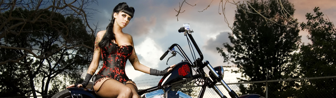 Biker Pin-Up | Women Posing With Motorcycles