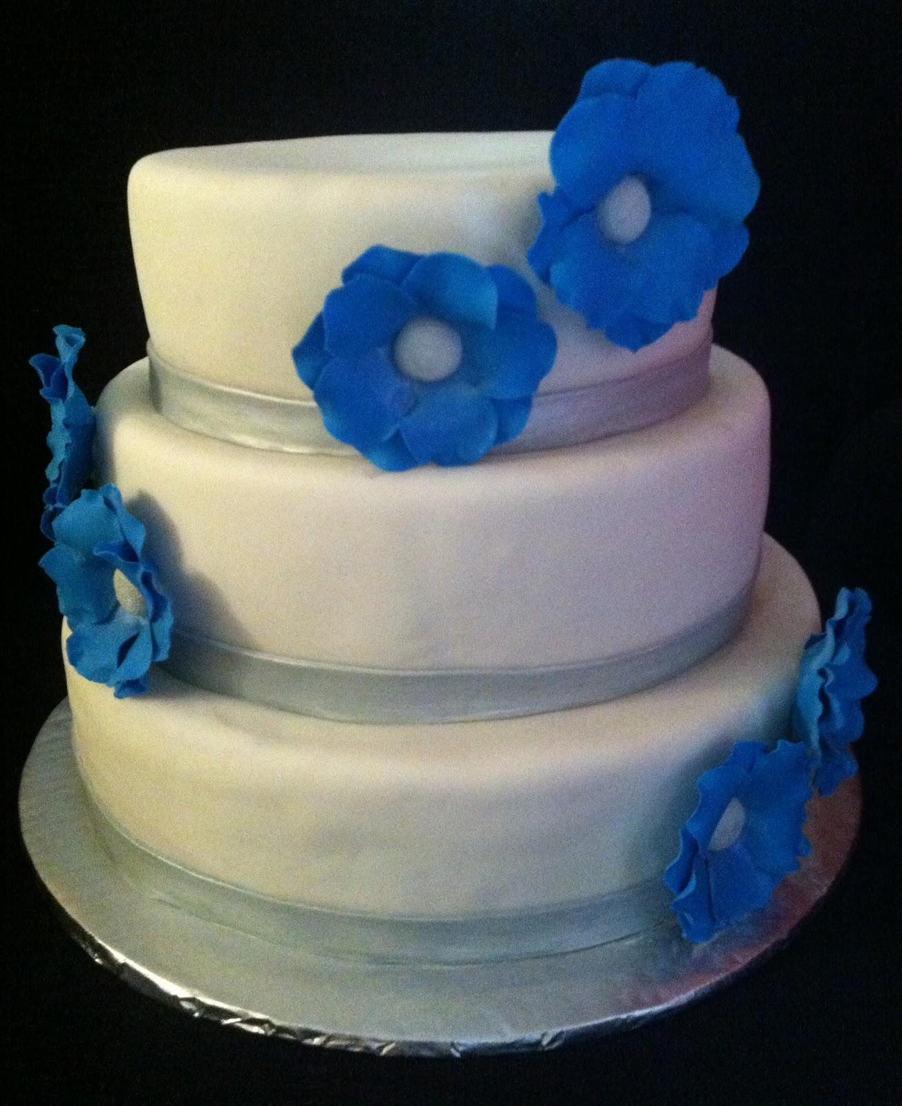 Leelees Cake abilities Winter Wedding Cake