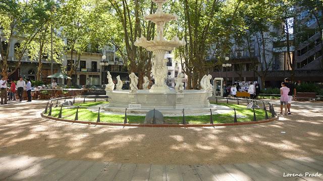 Fuente, Plaza Constitución, Ciudad Vieja, Uruguay