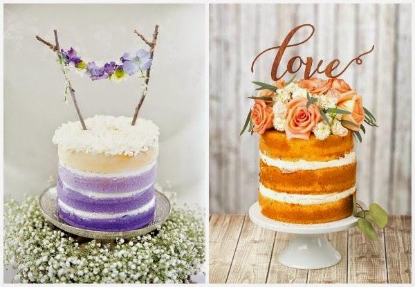 Dos tartas de boda con adornos de flores y love