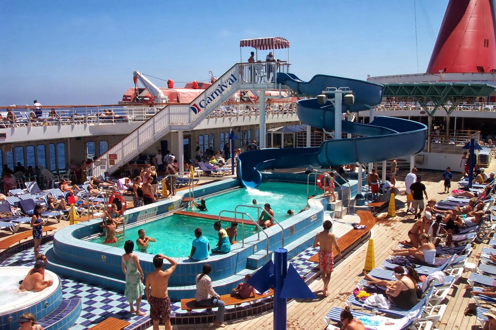 31 Luxury Cruise Ship Swimming Pool