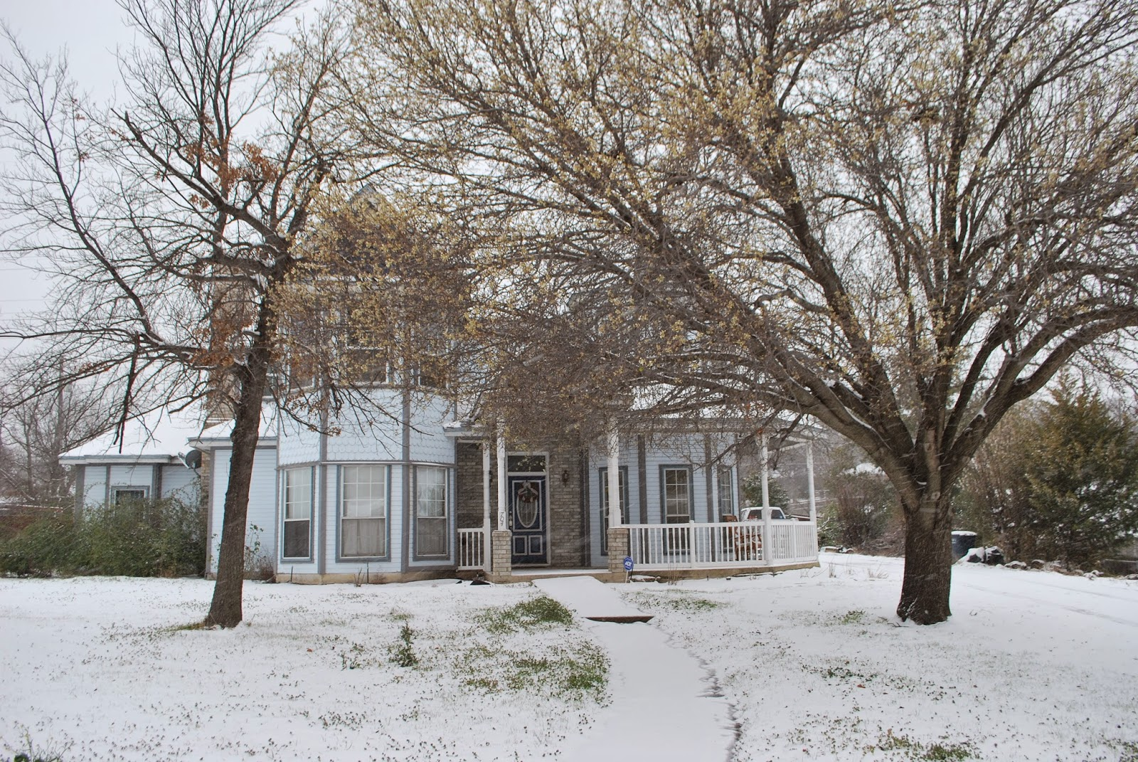 Victorian snow
