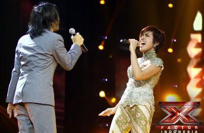 Novita Dewi feat Alex Rudiart