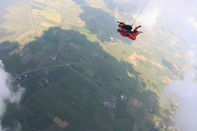 St. Peter-Ording: Fotos eines Tandem-Fallschirmabsprunges über dem ordinger Strand 23
