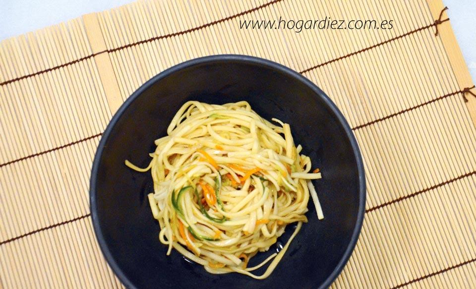 Fideos Udon con Shiitakes y verduras