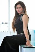 Farah khan glamorous photos-thumbnail-1