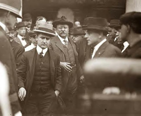 Roosevelt at Yonkers, NY. 10-5-1914
