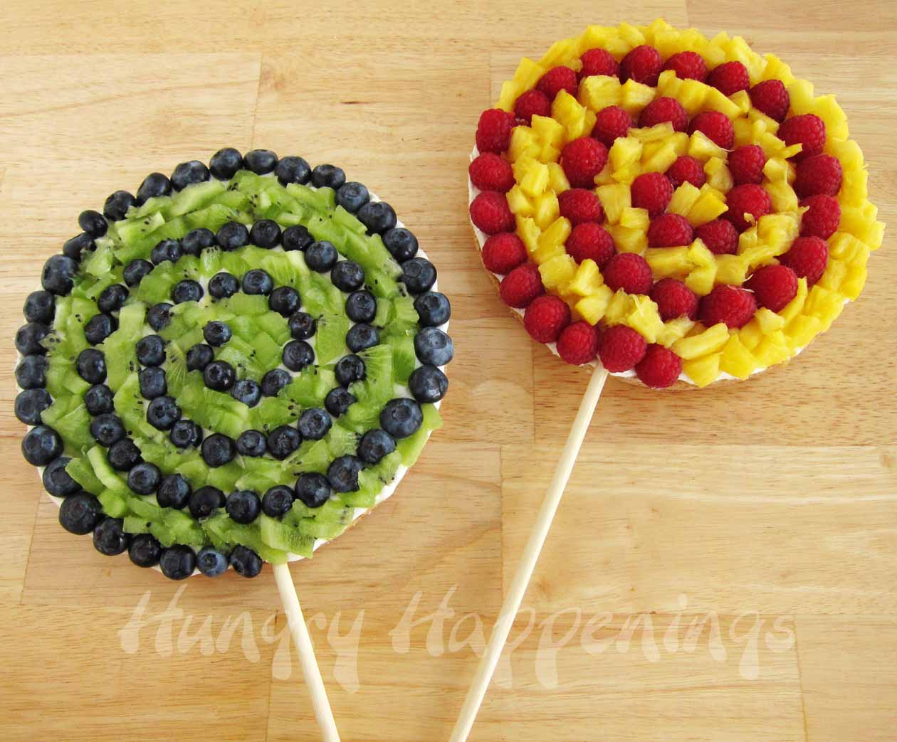 Swirly pop fruit pizzas would be a great addition to any - Salad decoration for kids ...