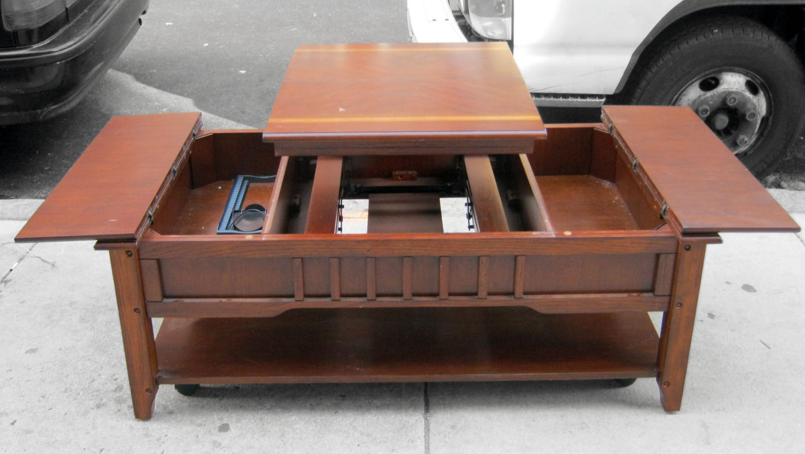 Uhuru Furniture Collectibles Pop Up Coffee Table Sold