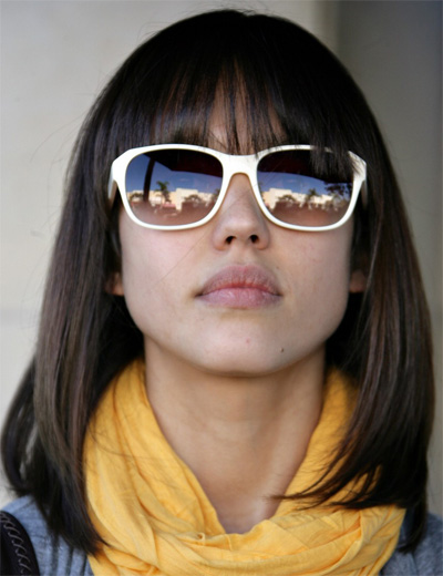 Top Medium Length Hair with Bangs 400 x 520 · 66 kB · jpeg