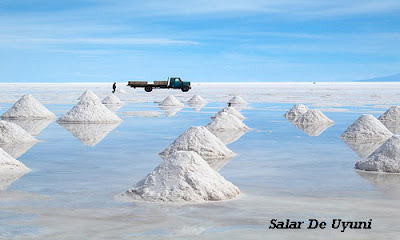 The world's largest salt lake in Salar De Yuyni, Bolivia