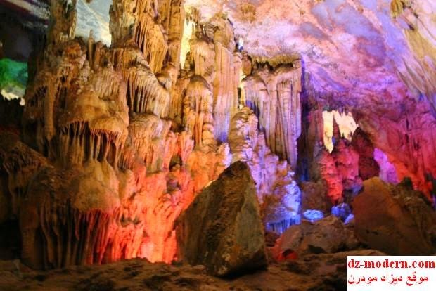 كهف فونج نها Phong Nha Cave