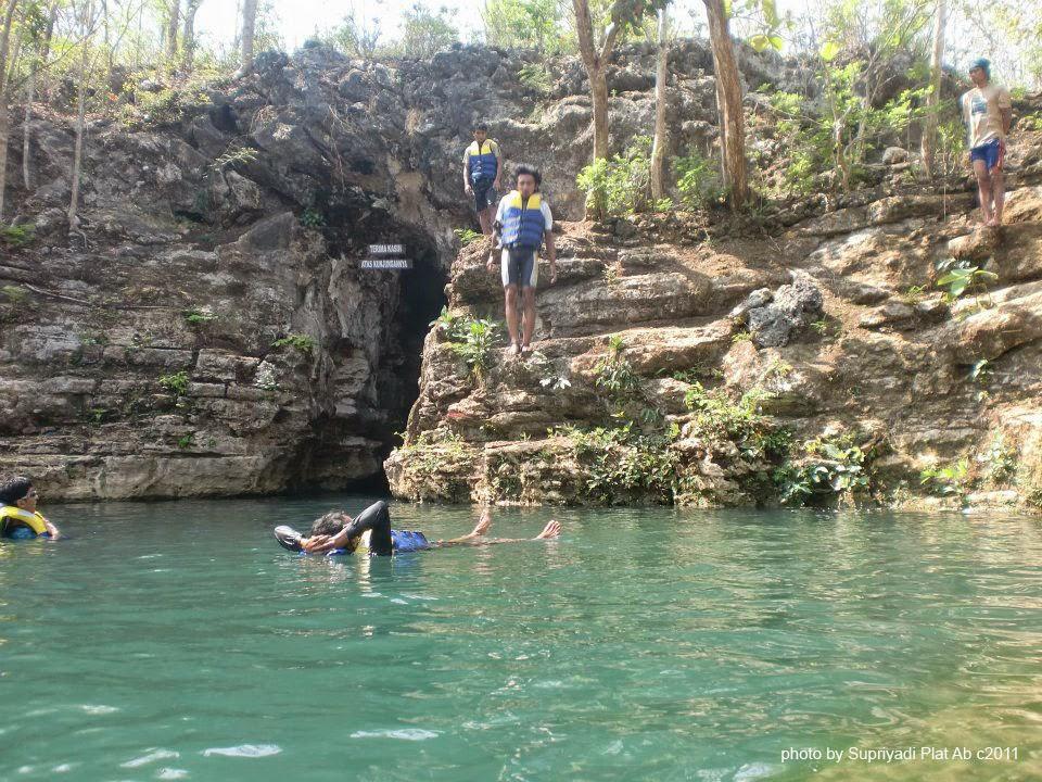 Wisata Gua Pindul Wonosari Jogjakarta - Dam Gua Pindul