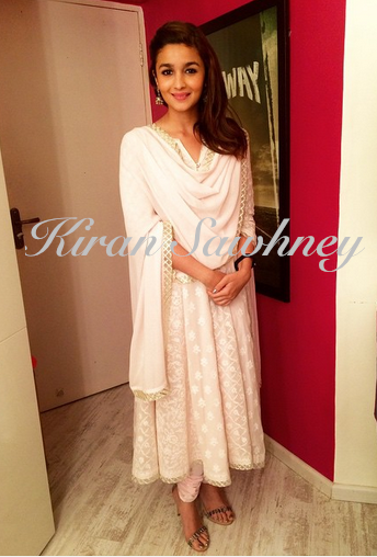 Alia Bhatt in Abu Jani Sandeep Khosla at charity event