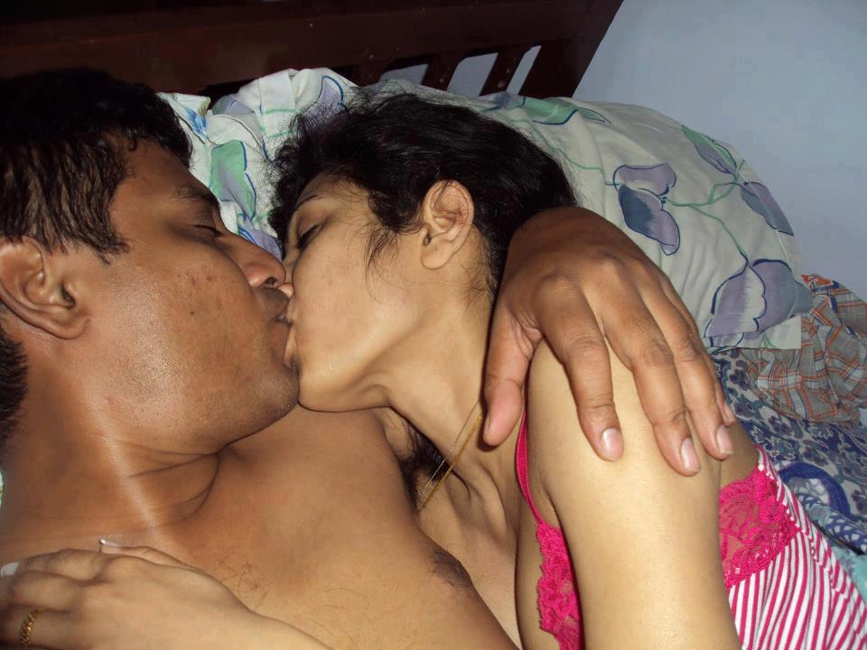 Indian teen naked kiss — pic 11