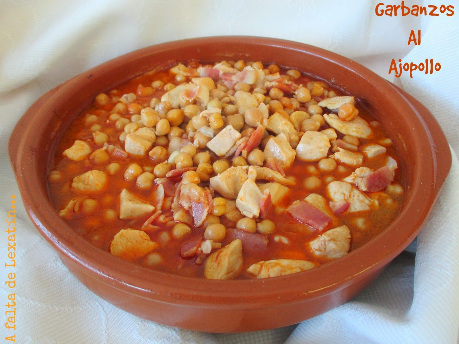 Garbanzos al Ajopollo