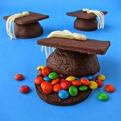 Grad Cap Pinata Cookies