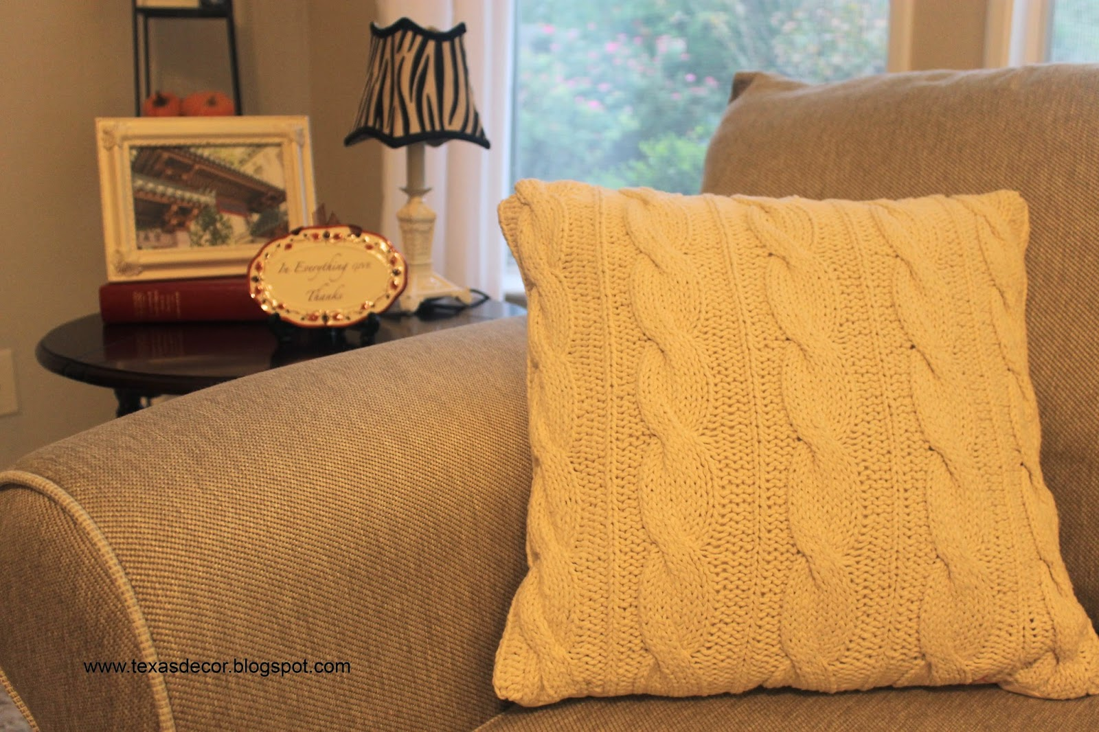 inexpensive cable knit pillow