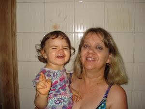 Esta sou eu com minha fofura, sobrinha Melissa