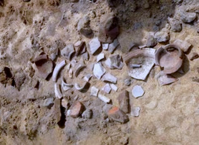 2,500 year old megalithic urn burial unearthed in southern India