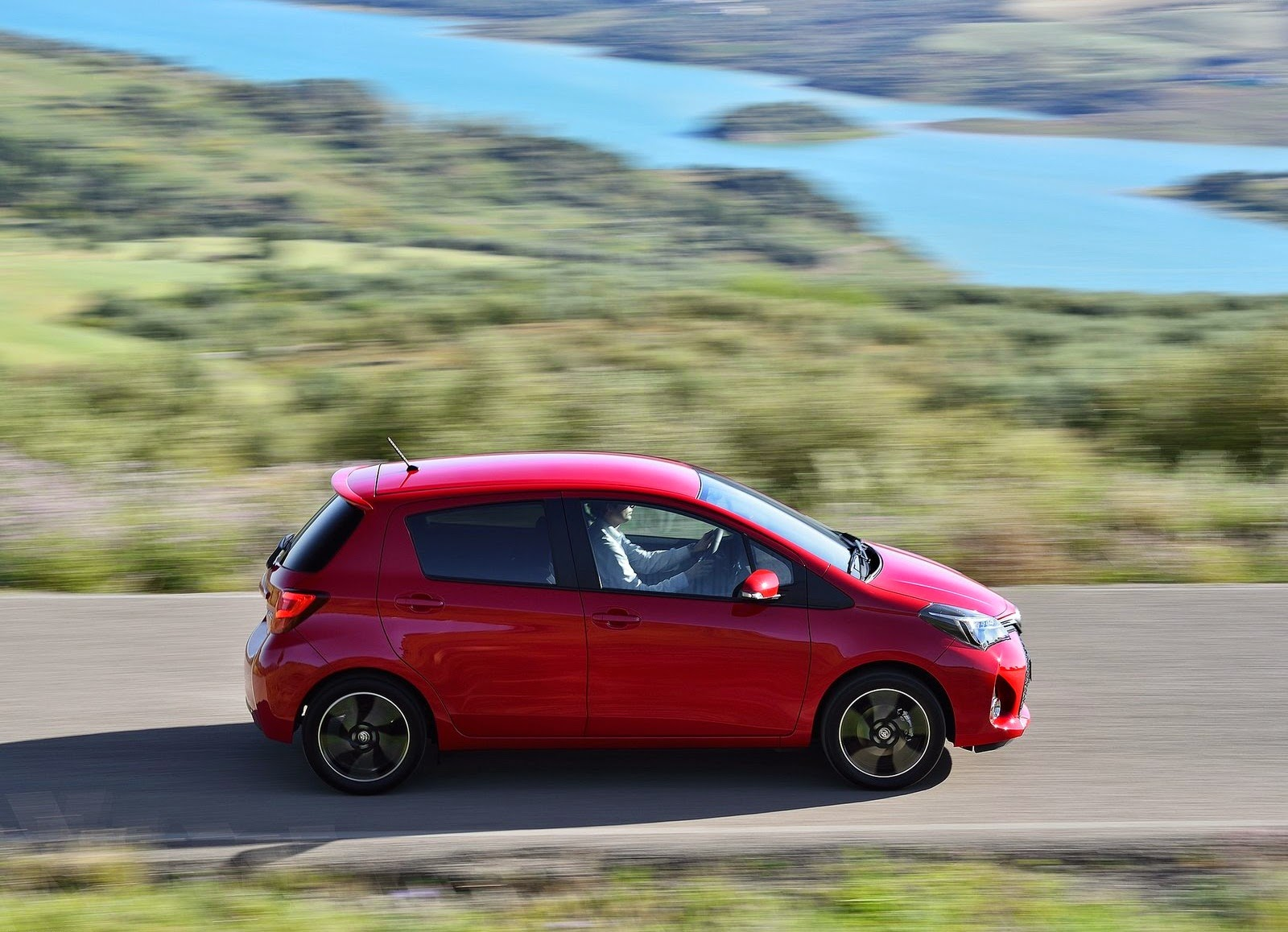 toyota yaris 2015 awesome wallpaper car wallpaper hd. Black Bedroom Furniture Sets. Home Design Ideas