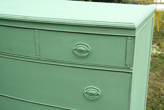 Mint green for Mint green furniture paint