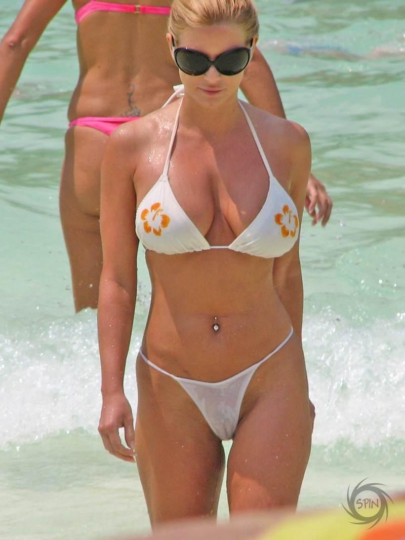 Jessica simpson bikini wallpapers