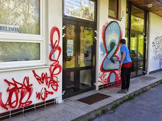 """Ohyzdné """"umění"""" - sprejerské graffiti"""