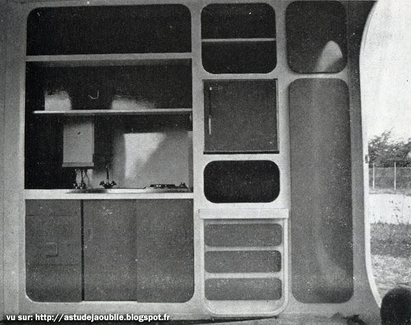 Toulouse - Bungalow  Architectes: Atelier 4 (Pierre et Robert Fort, Francis Castaing, Jospeh Colzani et Segundo Gonzales)  Construction: 1970-71
