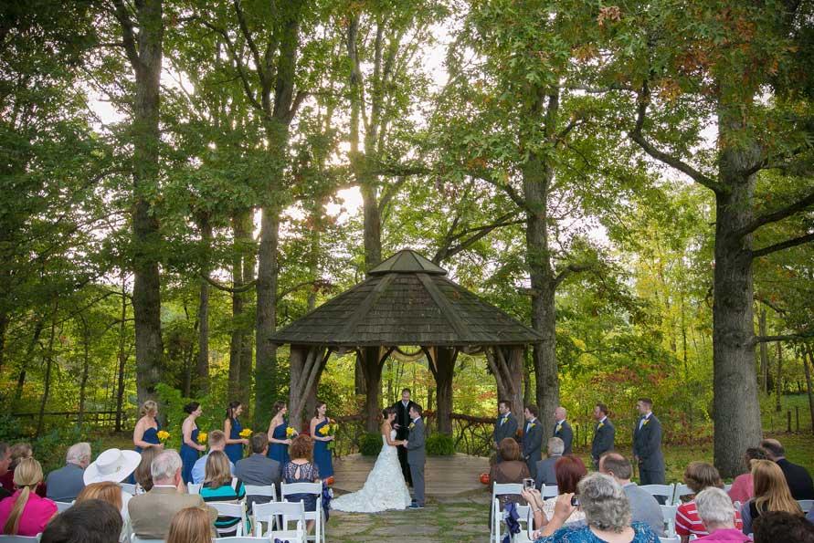 Novias bodas y mas consejos para una boda al aire libre for Al jardin de la republica lyrics
