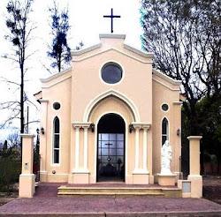 """Frente del Oratorio de Adoración Eucarística """"Sagrado Corazón Eucarístico de Jesús"""" de Yerba Buena"""