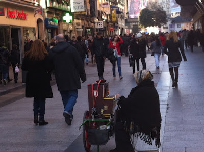Madrid+se%25C3%25B1ora+del+organillo Has vivido Madrid en Navidad   Kennst Du Madrid zu Weihnachten
