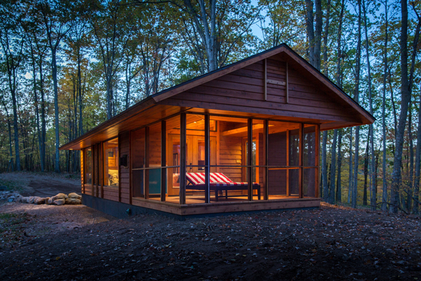 Lloyd s blog spacious 400 sq ft cabin on wheels for 400 sq ft cabin
