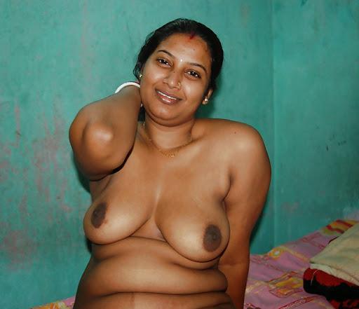 Horny House Wife Nude Photo Album   nudesibhabhi.com