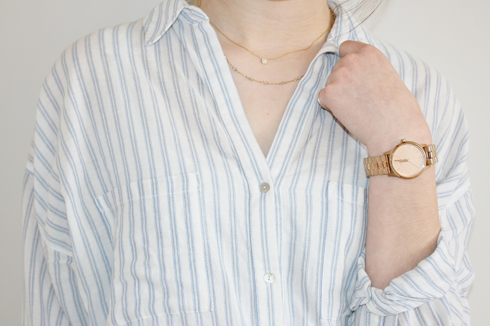 Katherine Penney Chic Fashion Style Shirt Zara Stripes Gold Delicate Jewellery Pretty Modern Casual Smart Classic