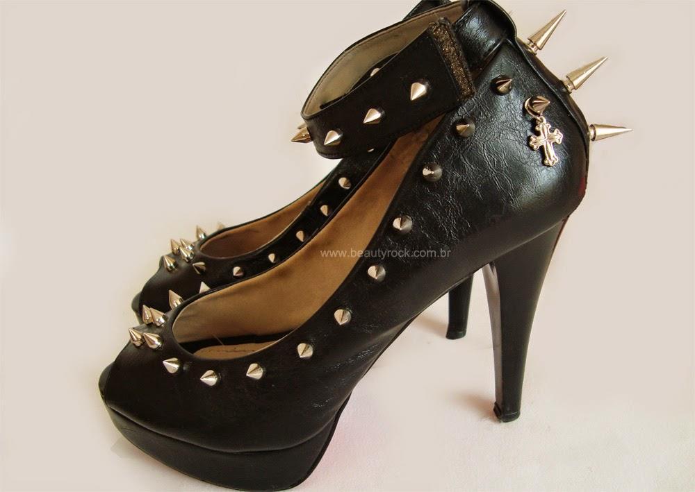 DIY: Sapato Customizado Com Spikes