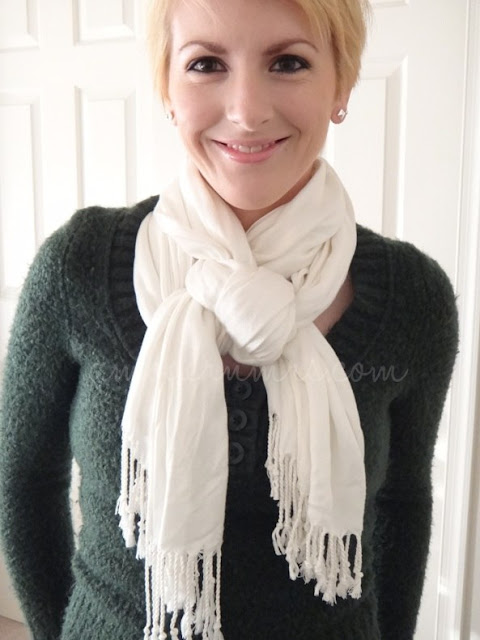 How to Tie a Woven Scarf Knot — a Modern Mrs.