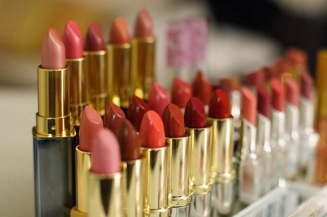 menguji keaslian lipstick