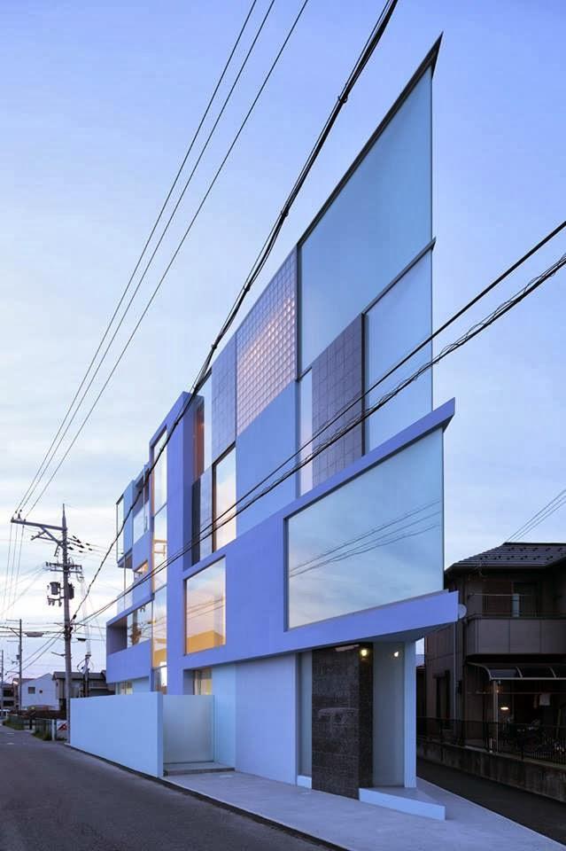 razor house in japan