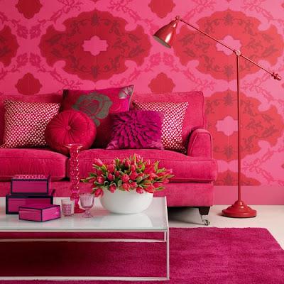 sala con tintes color rosa