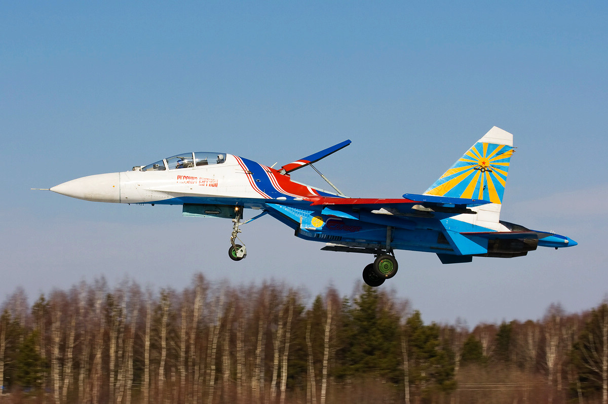 Soviet MiG fighter http://indian-defense-news.blogspot.com/2011/05/russian-fighter-jet-makers-loses-deal.html