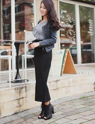 Falda de lana hasta la pantorrilla, elegante, con cintura alta y correa delgada